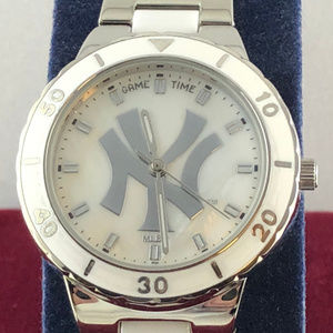 Vintage New York Yankees MLB Watch by Game Time